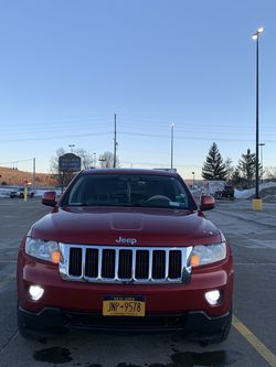 2011 Jeep Grand Cherokee Laredo Sport for Sale in Alfred Station,  NY