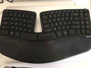 microsoft sculpt ergonomic keyboard for Sale in Sunnyvale, CA