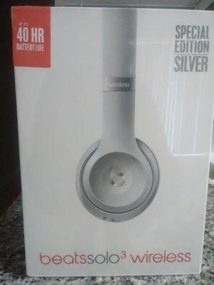 Solo Wireless 3 Beats by Dre for Sale in Marietta, GA