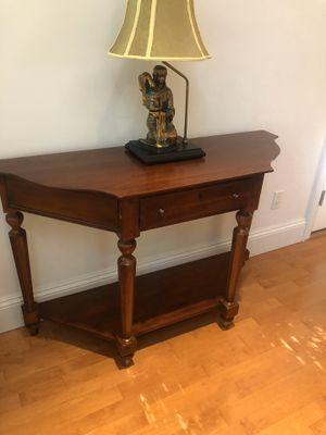 Accent Table / Sofa Table for Sale in Brick Township, NJ