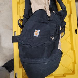 Ergo baby Carrier for Sale in Portland, OR