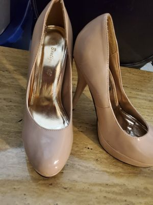 Free ladies heels and boots for Sale in The Bronx, NY