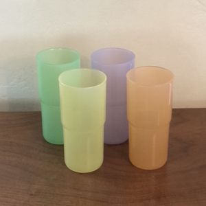4 VINTAGE TUPPERWARE PASTELS 18 OUNCE STACKABLE J TUMBLERS-#2413A GREAT for Sale in Phoenix, AZ