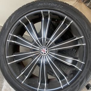 Rim 22,, 5 Hug And Tire for Sale in Vernon, CA