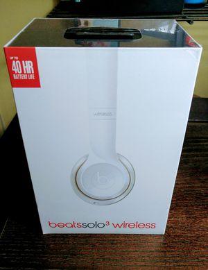 Beats Solo 3 Wireless White for Sale in Tampa, FL