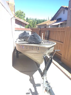 14ft aluminum boat for Sale in Tracy, CA