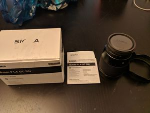 Sigma 16mm f1.4 for Sony e-mount for Sale in Baltimore, MD