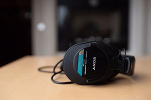 Sony MDR-7506 Professional Studio Headphones for Sale in Alameda, CA