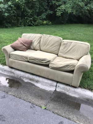 Free couch 327 Webster st Cary for Sale in Cary, NC