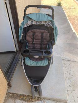 Gracco Stroller for Sale in Hesperia, CA