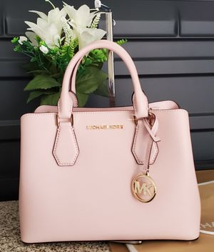 Michael kors purse 100% authentic for Sale in Temecula, CA