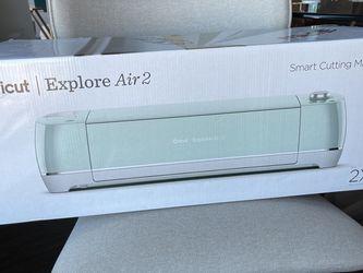 Cricut Explore Air 2 Smart Cutting Machine for Sale in Atlanta,  GA