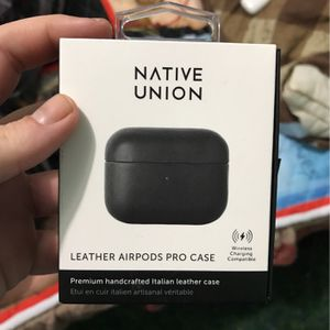 Air Pods Pro Leather Case for Sale in Visalia, CA