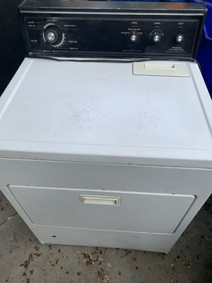 Kenmore extra capacity gas dryer in working condition used. for Sale in Fontana, CA