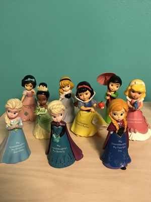 Disney Princess Granddaughter Collectors Figurines (collection of 9) for Sale in Ocoee, FL