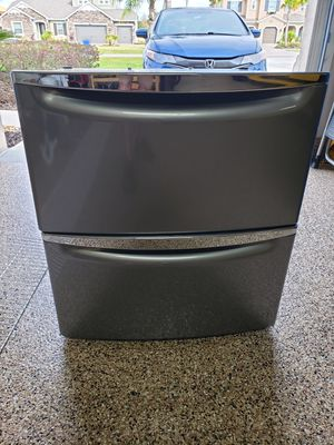 Whirlpool/Maytag Metallic Slate Laundry Pedestals for Sale in Lutz, FL