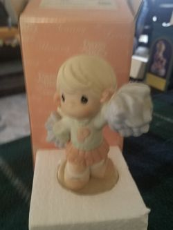 Precious Moments Figurine for Sale in Moreno Valley,  CA