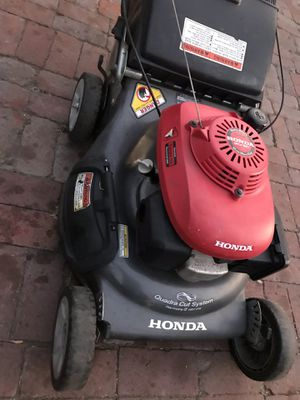 Honda lawnmower for Sale in Long Beach, CA