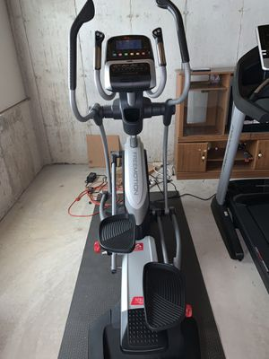 FreeMotion 530 Elliptical for Sale in St. Louis, MO