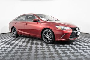 2015 Toyota Camry for Sale in Lynnwood, WA