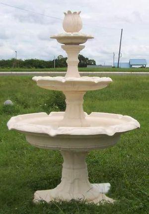 3 tier deco fountain for Sale in Winter Haven, FL