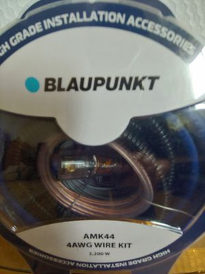Car amplifier installation kit : BLAUPUNKT 4 age wire kit 2200 watts 17 ft blue power, speaker wire OFC rca jack mini ANL 120a fuse for Sale in Santa Ana, CA