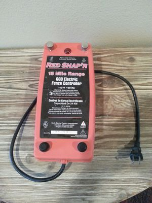 Red snapr red snapper 15 mile fence controller electric fence for Sale in Kalama, WA
