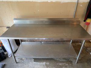 2 mesas una de 6 pies y otra de 8 pies de largo for Sale in Mint Hill, NC