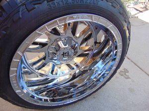 8 LUG Ford 22X14 RBP SWAT Rims Chrome/Black Inserts 33 12.50 22 Tires for Sale in Aurora, CO