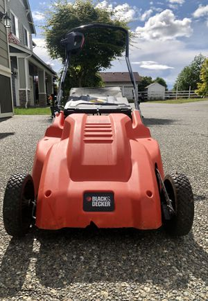 Black n Decker Electric Lawn Mower for Sale in Kent, WA