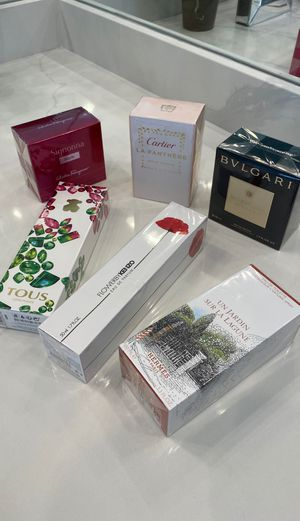 Luxury Fragrances: Women: Amazing Combo for Sale in San Diego, CA