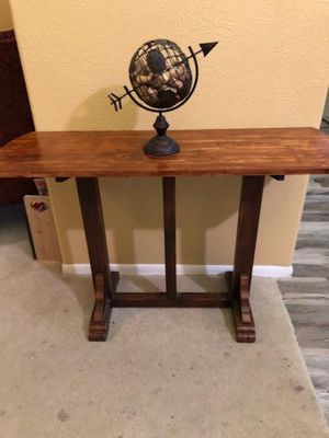 Entry table for Sale in Arlington, TX