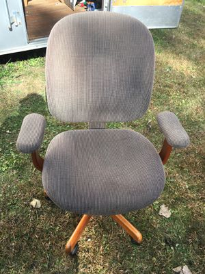 Office desk chair for Sale in Port Barrington, IL