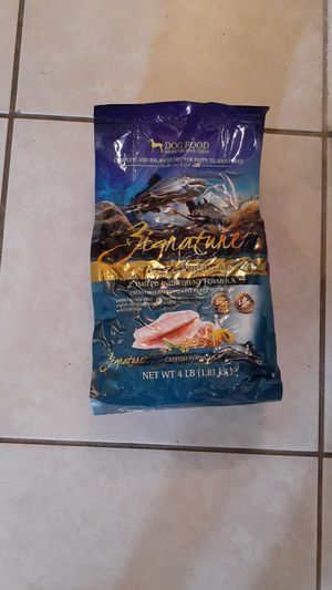 Zignature dog food catfish for Sale in Port Richey, FL