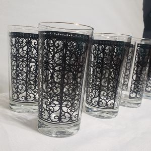 Gorgeous Set (8) Mid Century Cocktail Glasses for Sale in Orlando, FL