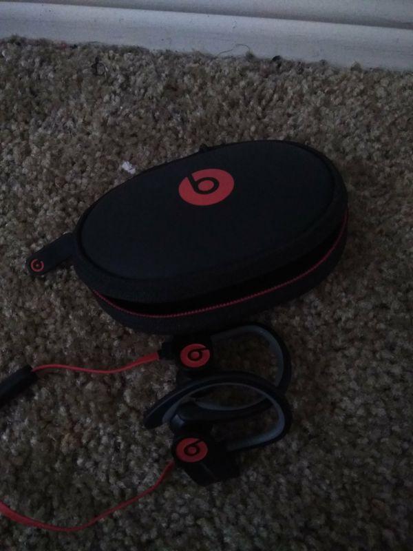 Power beats wireless headphones for cheap . Work great .