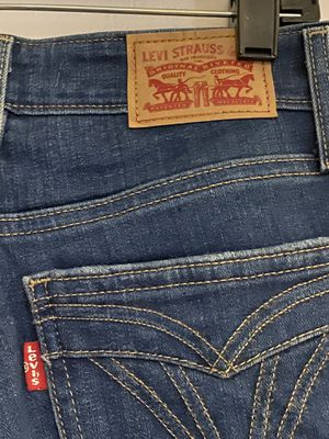 Levi's 721 high rise skinny jeans for Sale in Tampa, FL