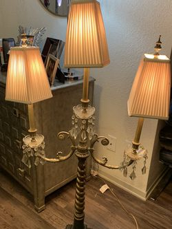Antique Chandelier Style Lamp for Sale in Dallas,  TX