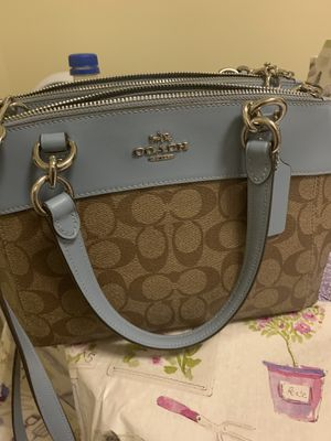 Authentic Coach Bag for Sale in North Providence, RI