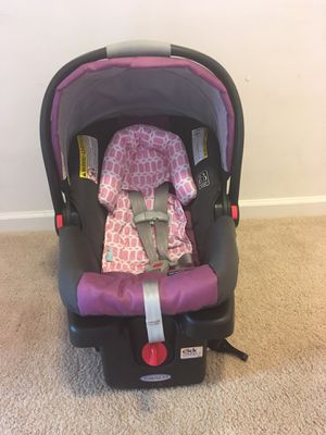 Baby girl Graco car seat for Sale in Lexington, NC