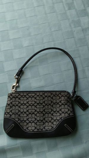 Used wristlet good condition for Sale in Salinas, CA
