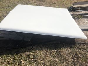 Truck cover for Sale in Wolfe City, TX