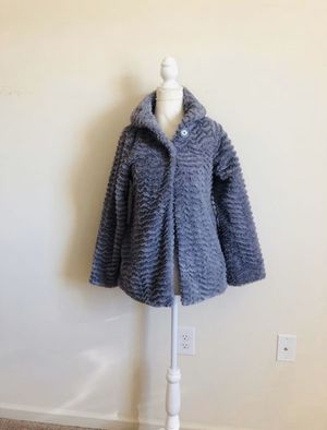 Patagonia pelage faux fur coat. Size Girls Large. Excellent condition! for Sale in Land O' Lakes, FL