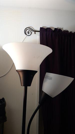 Lights good condition serios compradores por favor for Sale in UNIVERSITY PA, MD