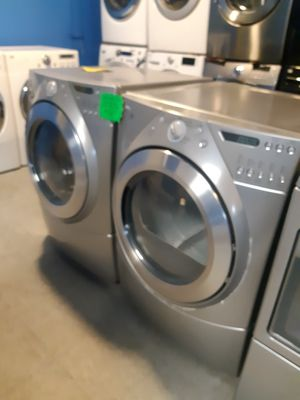 WHIRLPOOL FRONT LOAD WASHER AND DRYER SET WORKING PERFECTLY 4 MONTHS WARRANTY for Sale in Baltimore, MD
