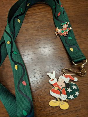 Disney Chip and Dale pin LE 500 and Christmas Lanyard with Mickey Mouse LE 500 for Sale in Glendale, AZ