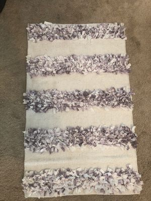 4 foot rug for Sale in Woodstock, GA