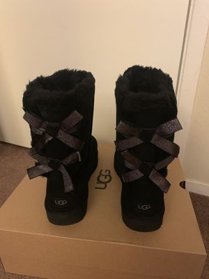 100% Authentic Brand New in Box UGG Bailey Bow Sparkler Boots / Color: Black / Women size 11 for Sale in Pleasant Hill, CA