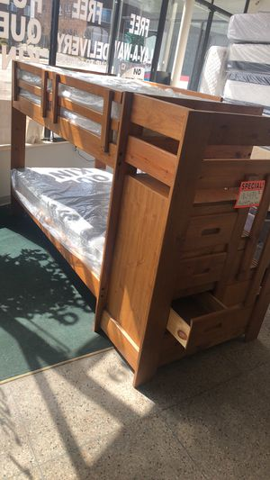TWIN/TWIN WOODEN BUNK BED!! 🚨🚨 for Sale in Cleveland, OH