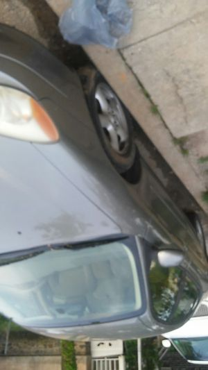 2003 ford taurus, runs great, i was driving the car yesterday I hate to let it go, you can drive home today, I'm puting new brakes on . Great car for Sale in Baltimore, MD